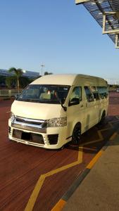 13 Seater Maxi Cab